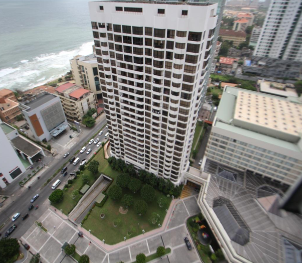 Crescat Apartments